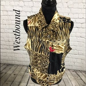 Animal print vest by westbound size small
